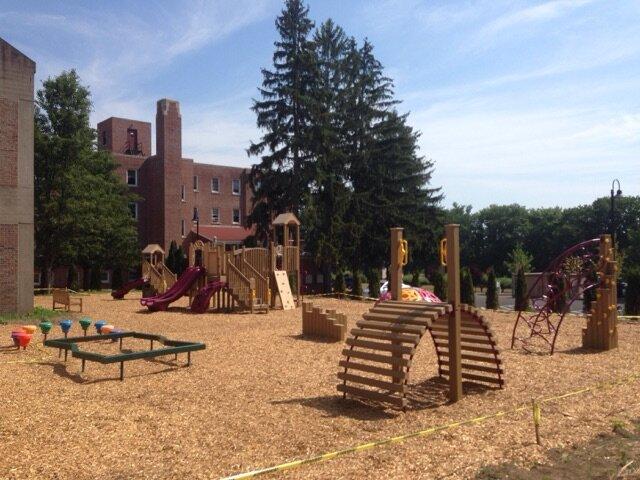 playground supplier
